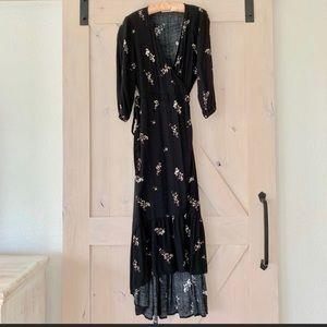 😍 LoveStitch Wrap Dress
